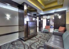 Comfort Inn & Suites Fort Worth West - White Settlement - Lobby