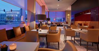 Radisson Blu Hotel, Leipzig - לייפציג - מסעדה