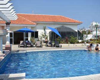 Hotel Baluarte - Veracruz - Pool