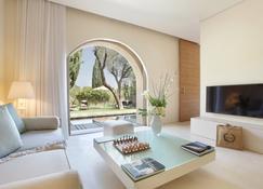 Muse Hotel Saint-Tropez - Ramatuelle - Living room