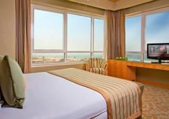 Time Ruby Hotel Apartments - Sharjah - Bedroom