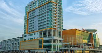 峇里巴板瑞雅酒店 - 峇里巴板 - 峇里巴板