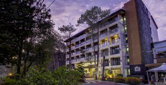 Le Monet Hotel - באגיו סיטי - בניין