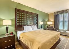 Quality Inn & Suites Durant - Durant - Bedroom