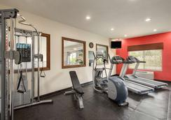 Country Inn & Suites by Radisson Minot, ND - Minot - Fitnessbereich