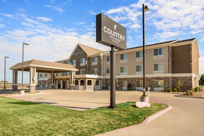 Country Inn & Suites by Radisson Minot, ND - Minot - Rakennus