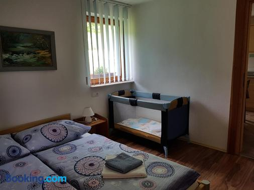Vaznik Farm House Apartments - Bled - Bedroom