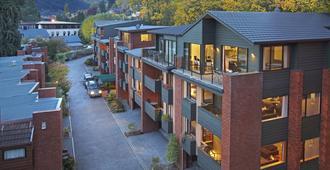 St James Apartments - Queenstown - Habitación
