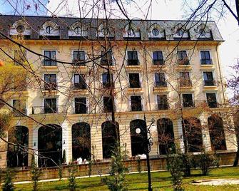 Grand Hotel Sofianu - Râmnicu Vâlcea - Building