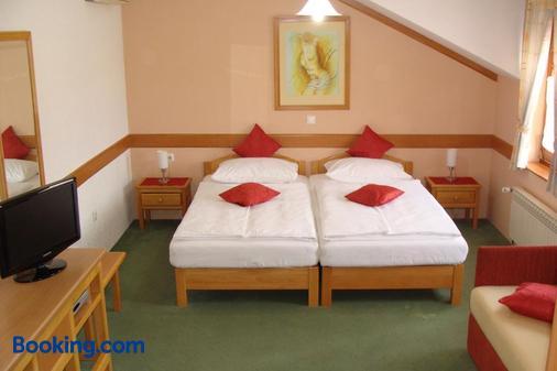 Pansion Maltar Varazdin - Varaždin - Bedroom