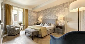 Rocco Forte Hotel Savoy - Florence - Bedroom