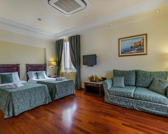 Hotel Panorama - Olbia - Schlafzimmer