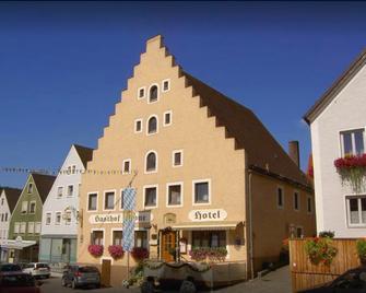 Hotel Gasthof Krone - Greding - Gebäude