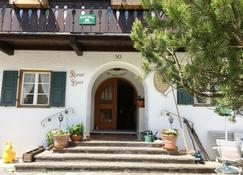 Pension Karner - Mittenwald - Edifício
