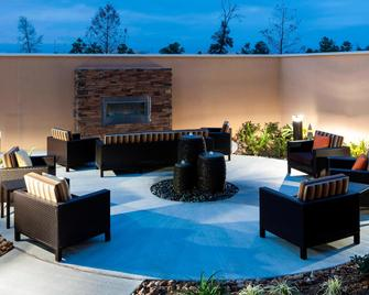 Courtyard by Marriott Houston North/Shenandoah - Shenandoah - Terasa