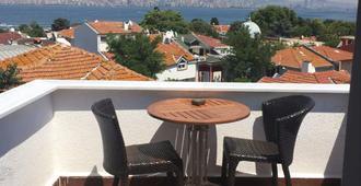 آدا أنتيك أوتل - اسطنبول - شرفة