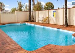 Econo Lodge Griffith Motor Inn - Griffith - Pool