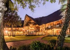 Aha The David Livingstone Safari Lodge & Spa - Livingstone - Gebäude