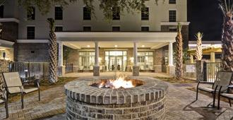 Hampton Inn & Suites Charleston Airport - North Charleston