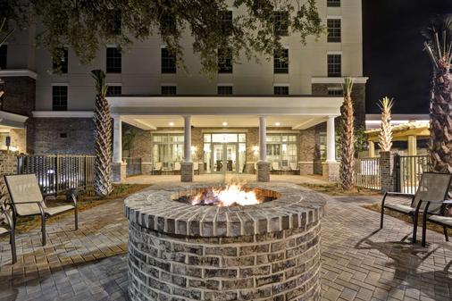 Hampton Inn & Suites Charleston Airport - North Charleston - Building