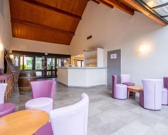 Comfort Hotel Etampes - Étampes - Lobby