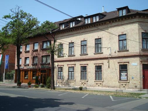 Hotel Gloria Budapest - Budapest - Building