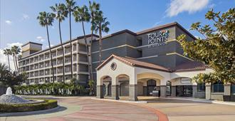 Four Points by Sheraton Anaheim - Анахайм - Здание