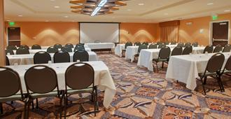 Holiday Inn Express Hotel & Suites Sacramento Ne Cal Expo, An IHG Hotel - Sacramento - Meeting room
