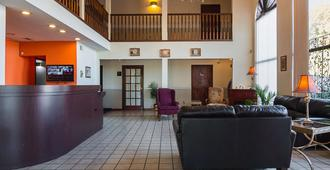 Motel 6 Hannibal, MO - Hannibal - Lobby