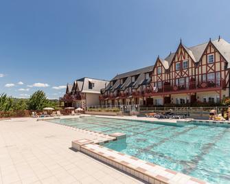 Pierre & Vacances - Résidence Premium & Spa Houlgate - Houlgate - Pool