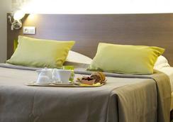 Hotel Amiral - Νάντη - Κρεβατοκάμαρα