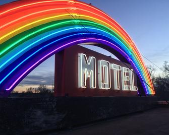 Rainbow Motel - Greeley - Building