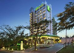 Novotel Bogor Golf Resort And Convention Center - Bogor - Budynek
