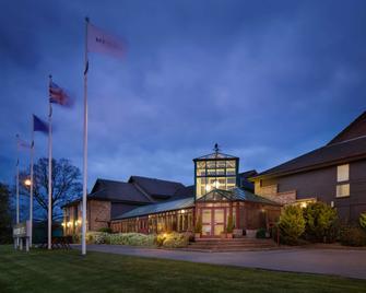Mercure Hatfield Oak Hotel - Hatfield - Building