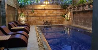 Katy Resident and Spa - Siem Reap - Pool