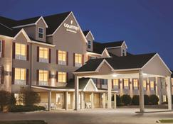 Country Inn & Suites by Radisson, Bismarck, ND - Bismarck - Byggnad