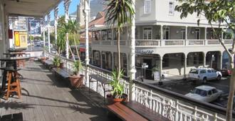 Carnival Court Backpackers - Hostel - Ciudad del Cabo - Vista del exterior