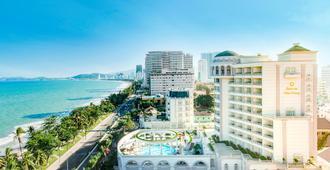 Sunrise Nha Trang Beach Hotel & Spa - Nha Trang - Outdoor view