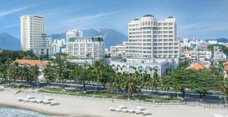 Sunrise Nha Trang Beach Hotel & Spa - Nha Trang - Extérieur