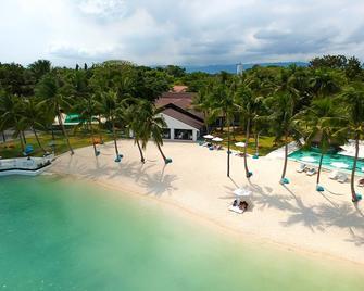 Pacific Cebu Resort - Lapu-Lapu City - Building