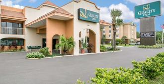 Quality Inn Outlet Mall - St. Augustine - Toà nhà