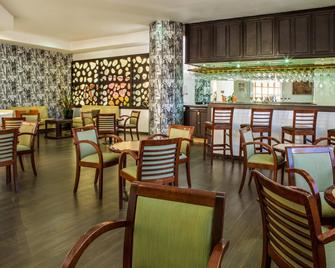奇瓦瓦嘉年華酒店 - 吉娃娃 - 奇瓦瓦 - 餐廳
