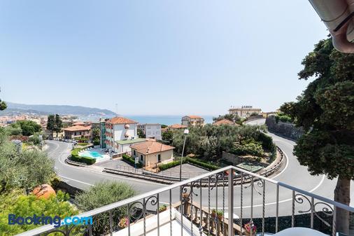 B&B Il Viaggio - Diano Marina - Balcony