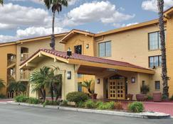 La Quinta Inn by Wyndham Ventura - Ventura - Rakennus