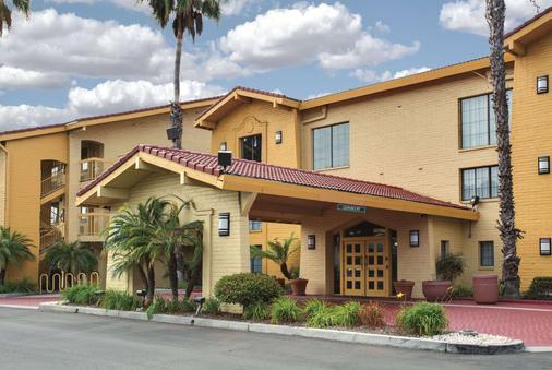 La Quinta Inn by Wyndham Ventura - Ventura - Toà nhà