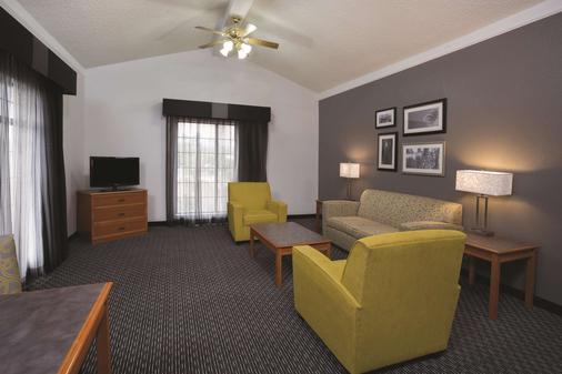 La Quinta Inn by Wyndham Ventura - Ventura - Phòng khách