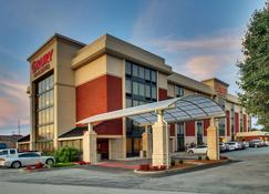 Drury Inn & Suites Bowling Green, KY - Bowling Green - Bâtiment