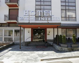 Hotel Valle Intelvi - San Fedele Intelvi - Building