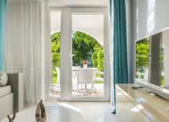 Hotel Malin - Malinska - Balcony
