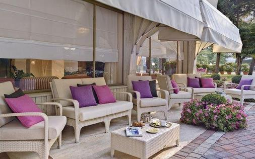 Hotel Eliseo Terme - Montegrotto Terme - Patio